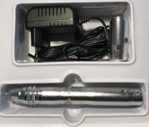 Der Microneedling Pen von Utsukusy Cosmetics: Enpitsu Derma Pen - Microneedling Gerät mit zwei Akkus