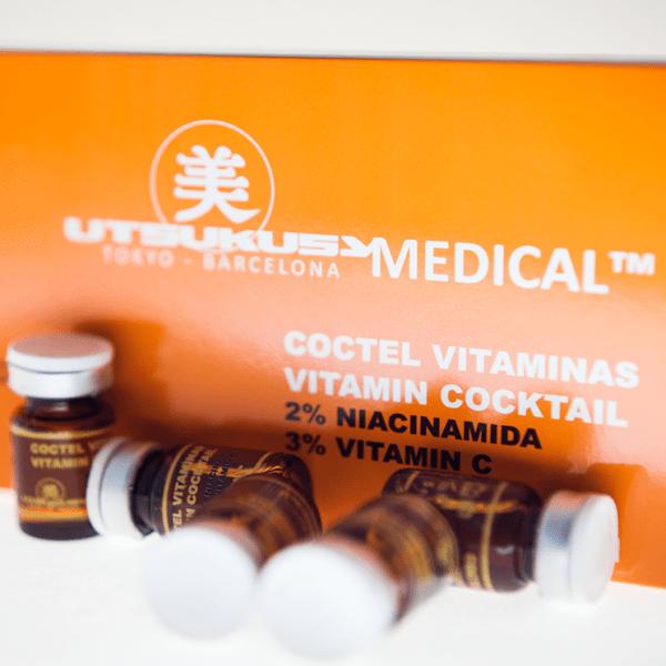 Vitamin Serum / Cocktail - Microneedling Serum von Utsukusy für DermaRoller und DremaPen mit 2% Niacinamid, 3% Vitamin C, 0,05% Vitamin E, 0,005% Vitamin A, 0,2% Pantenol und 0,2% Vitamin B8