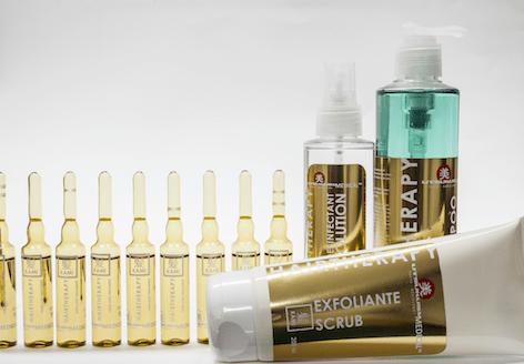 KAMI Haartherapie - Microneedling Serum, Shampoo, Scrub und Desinfektionslösung